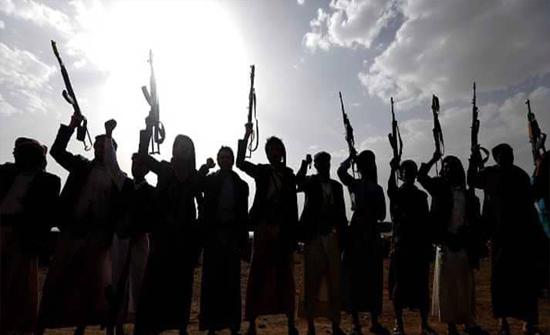 صفقة مع الحوثيين.. إطلاق عناصر من القاعدة لزعزعة أمن البيضاء