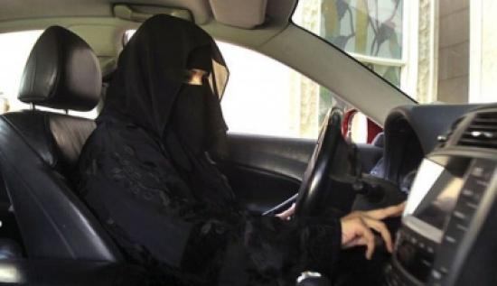 المدينة نيوز  الافتاء توضح موقفها من قيادة المرأة للسيارة