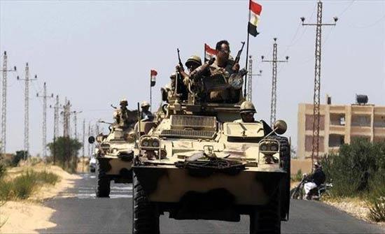 الجيش المصري يعلن مقتل 7 مسلحين وتوقيف 408 (بيان)