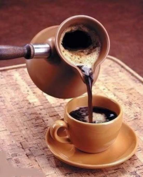 4 فوائد صحية لفنجان القهوة صباحاً!