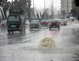 امطار غزيرة في عمان ومناطق المملكة ولا اغلاقات