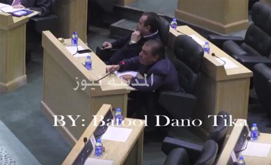بالفيديو ..الزعبي : تجار حيتان (بلعوا) 50 مليون دينار بموافقة الحكومة