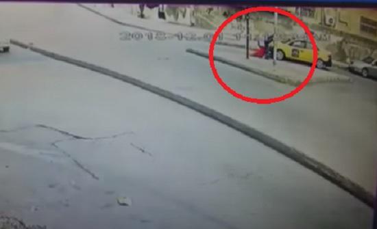 فيديو : تحويل رجل اجبر زوجته على الصعود بسيارة الى حماية الاسرة