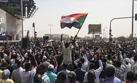 """""""المهنيين السودانيين"""" يدعو لتكثيف الحشد لمواكب 30 يونيو"""