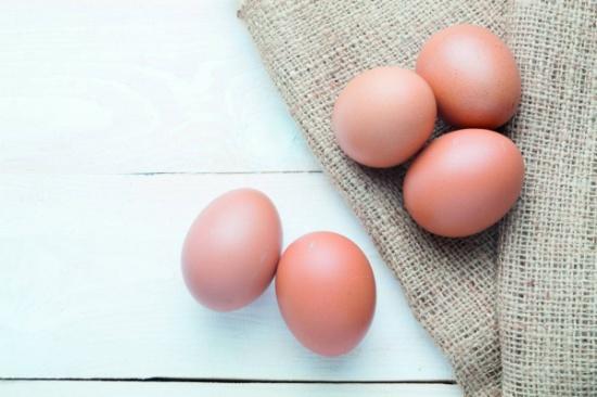 البيض لصحة العين والدماغ