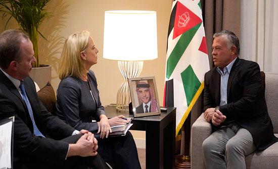الملك يلتقي عددا من رؤساء الوفود المشاركين في اجتماعات العقبة لمحاربة الارهاب