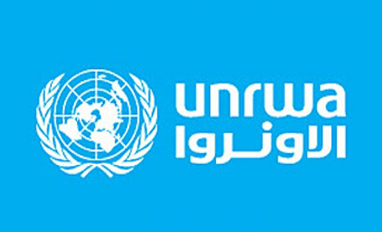 الاونروا توزع بدل ايجار لأكثر من ألفي أسرة في غزة