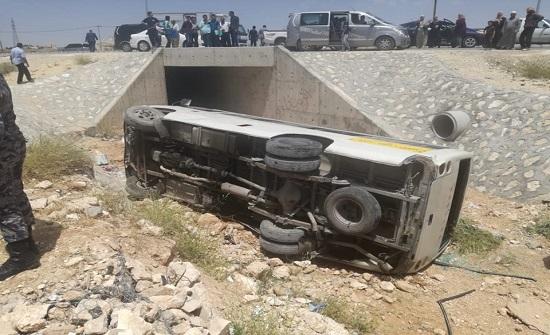 إصابة شخص اثر حادث تدهور في العقبة