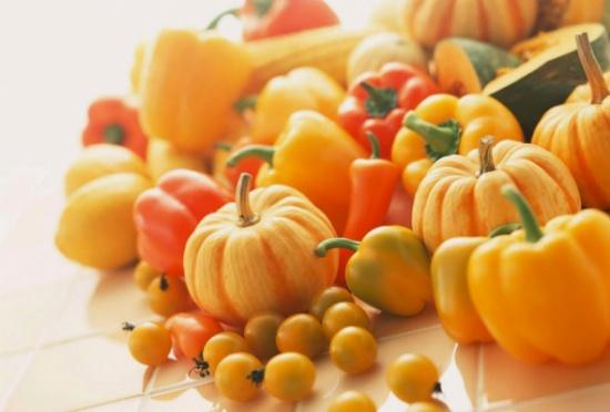 بالتفصيل... فوائد الخضر والفواكه الصفراء لا تصدّق!