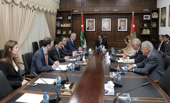 العين اللوزي: حل القضية الفلسطينية يُشكل مفتاح السلام في المنطقة