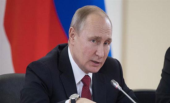 بوتين يبحث مع عباس التسوية في الشرق الأوسط