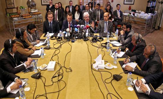 مسؤول يمني: 2200 أسير ضمن القائمة الأولية للتبادل