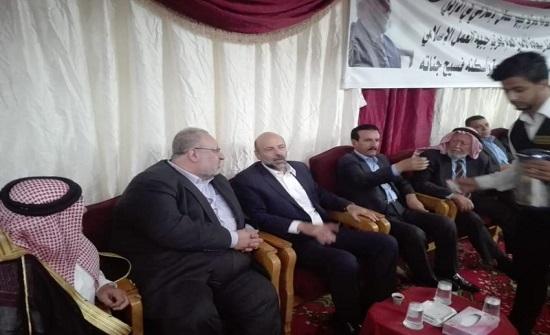 بالصور : الرزاز يزور بيت عزاء الزيود