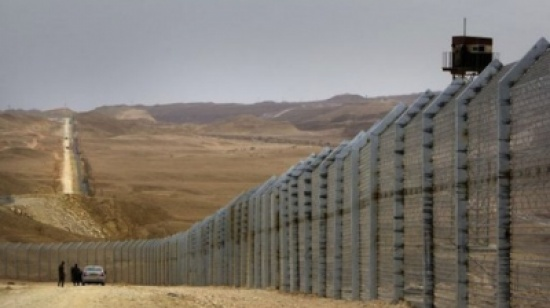 اسرائيل تعلن الاقتراب من إنجاز السياج الأمني مع الأردن