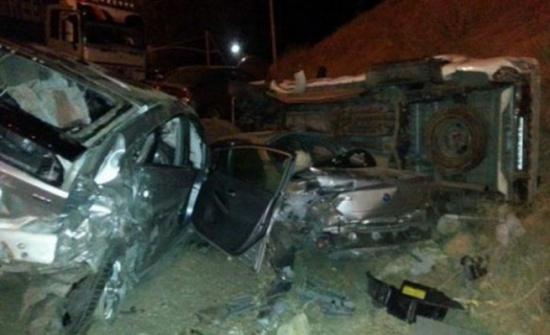 إصابة 12 شخصا إثر حادث تصادم في محافظة جرش