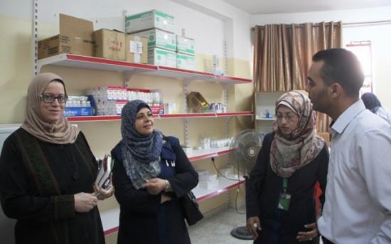 الوئام الخيرية تزور مقر الهلال الأحمر الفلسطيني بشمال غزة