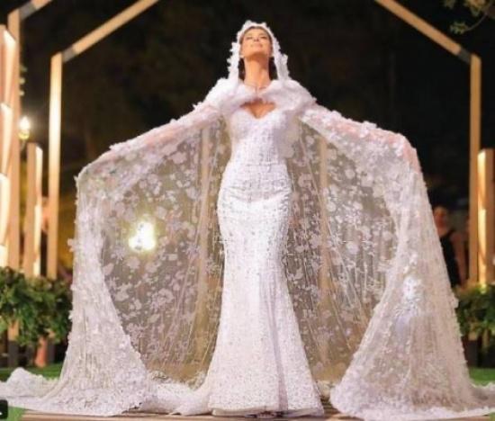 بالفيديو- شاهدوا ردّ فعل ريم السعيدي يوم تسلّم فستان زفافها!