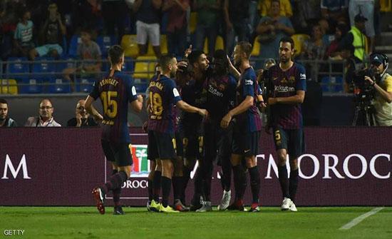 """برشلونة يتجاوز عقبة إشبيلية ويفوز بـ""""السوبر"""""""