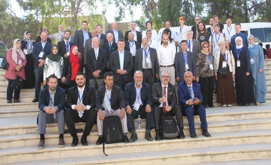 اختتام فعاليات المؤتمر الدولي للصخر الزيتي في جامعة البلقاء التطبيقية