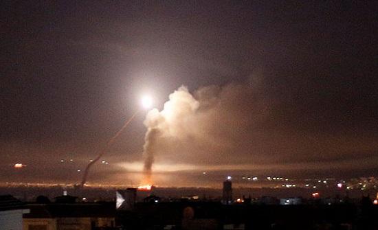 واشنطن تدعو لوقف إطلاق النار بسوريا.. وتحقق في هجوم بالكلور
