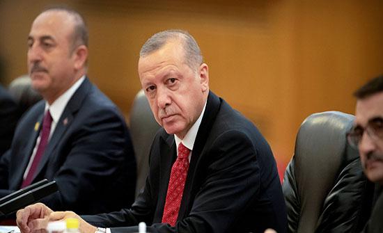 أردوغان يؤكد دعم تركيا لباكستان ويعرب عن قلقه حيال توترات كشمير