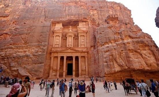 إعفاء الأردنيين من رسوم الدخول للبترا خلال عطلة العيد