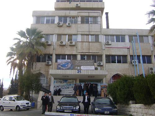 اعتصام امام النقابات يطالب بالافراج عن موقوفين
