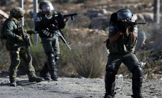 اصابات واعتقالات خلال اقتحام الاحتلال الاسرائيلي لقرية كوبر شمال رام الله