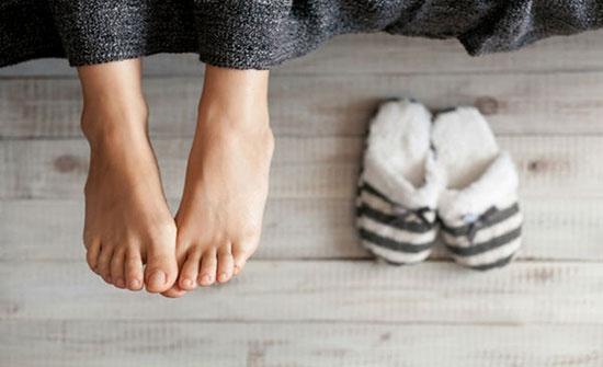 عشر طرق لعلاج برودة الأطراف في فصل الشتاء