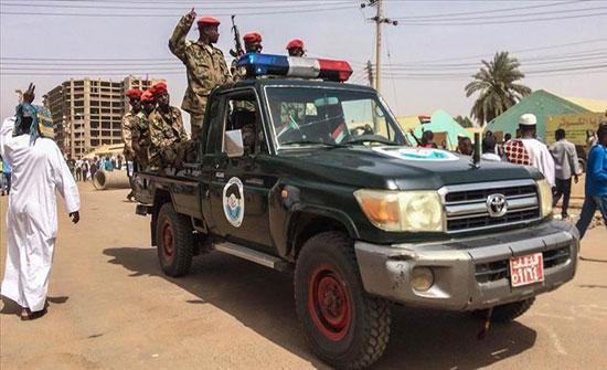 """""""العسكري"""" السوداني يعد بالعفو عن جميع المعتقلين السياسيين"""
