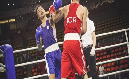 الملاكم الكسبة يهزم بطل أوزبكستان ويضمن ميدالية بآسيا