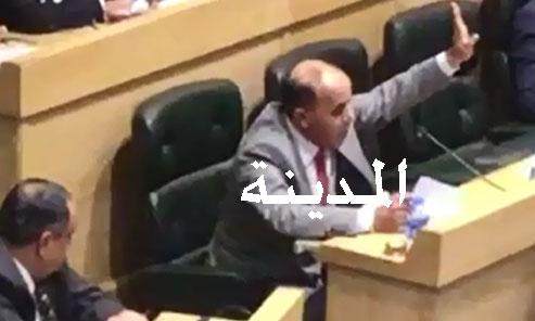 بالفيديو ..  النائب الشياب : على الحكومة إعادة العلاقات مع  دولة قطر