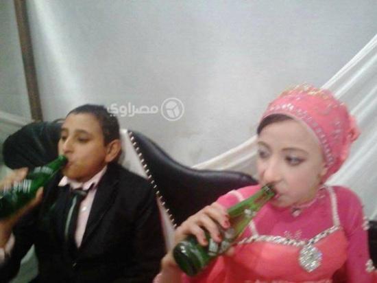 صور.. خطوبة طفلين في مصر العريس 9 سنوات والعروس 10