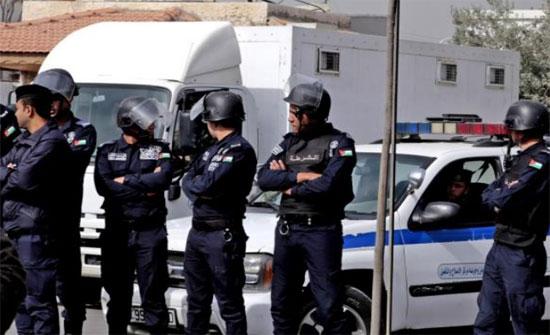 ضبط مطلوبين سرقوا منازل ومركبات .. أحدهم خطير في السلط