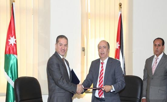 اتفاقية بين الأحوال المدنية والبريد الأردني لتسليم الوثائق