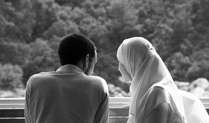 لماذا يرى الرجل زوجتة اقل جمالاً من الأخريات !
