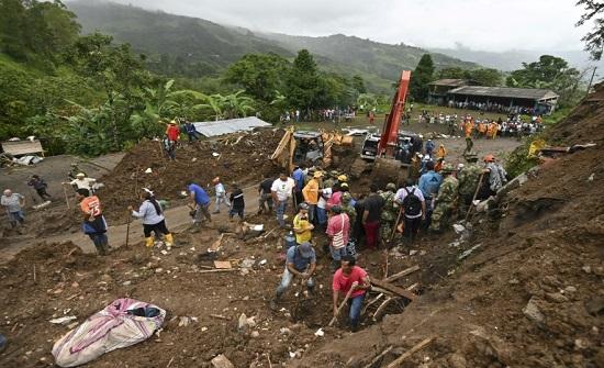19 قتيلاً و14 مفقوداً بانهيار أرضي في كولومبيا
