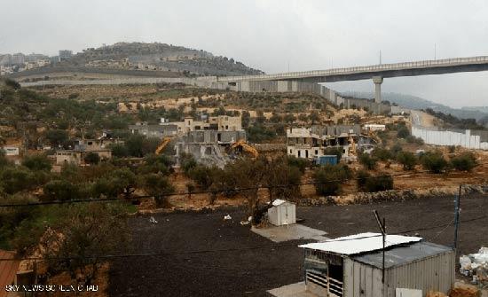 الجيش الإسرائيلي يهدم منزلين في بيت لحم