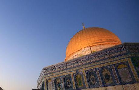 دعوة مقدسية لدول العالم لنقل القنصليات والسفارات الى القدس الشرقية