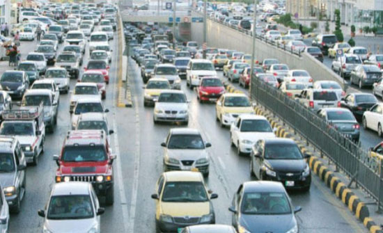 تحويلات مرورية في شارعي المدينة المنورة والأقصى لساعات محدوده