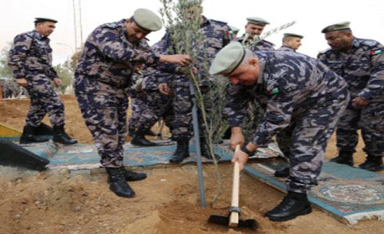 المديرية العامة للدفاع المدني تحتفل بيوم الشجرة