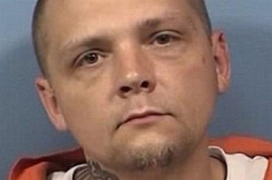 الحكم على رجل سرق «ريموت كنترول» بالسجن 22 عاما