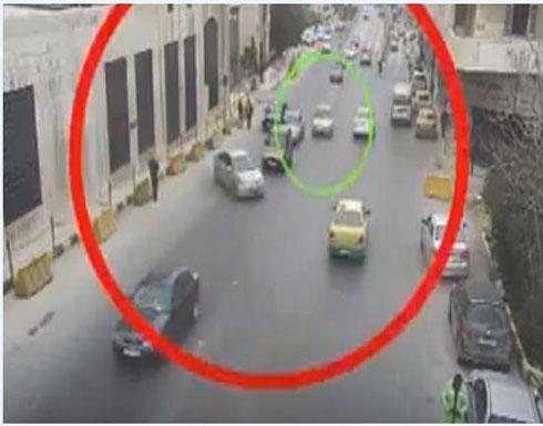 الأردن : شاهد حادث سير بسبب اتخاذ مسرب خاطئ