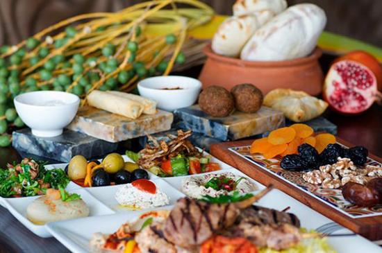 بالصور| تعرف على أشهر الأكلات التي يفتقدها المغتربون العرب