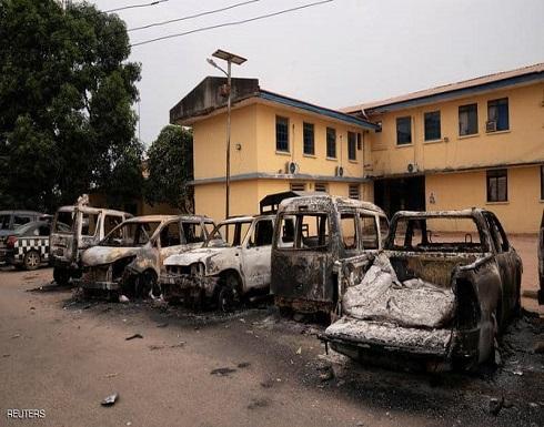 نيجيريا.. مسلحون ينجحون بالإفراج عن نحو 2000 سجين