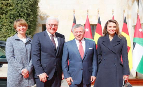 الملك يجري مباحثات مع الرئيس الألماني في قصر الحسينية