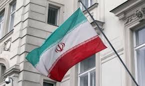 الخارجية الإيرانية تنتقد تصريحات الرئيس الأمريكي في فرنسا