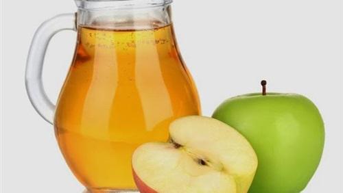 عصير التفاح المخفف أفضل علاج لحالات الجفاف عند الأطفال