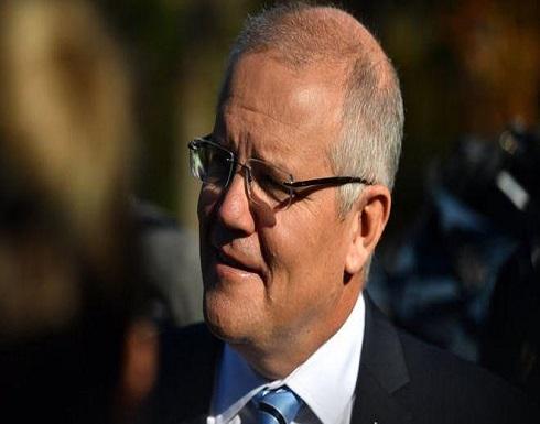 """بالفيديو : رئيس الوزراء الأسترالي يتلقى """"رشقة بيض"""""""