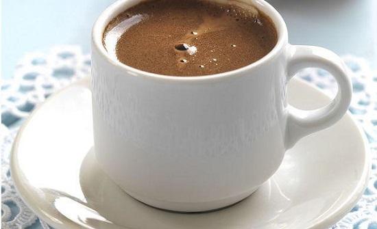 الحذر من شرب القهوة في هذا الوقت